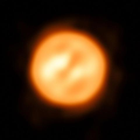 Astronomers capture best image of star surface, atmosphere